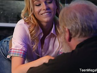 Young bartender Rebecca Coal-black seduces age-old purchaser and bangs him right on the floor