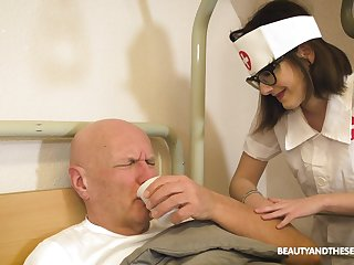 Enticing nurse gives a lucky old man an astonishing blowjob