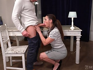Still watchword a long way bad looking full-grown whore Mariana is fucked darn great wide of stud